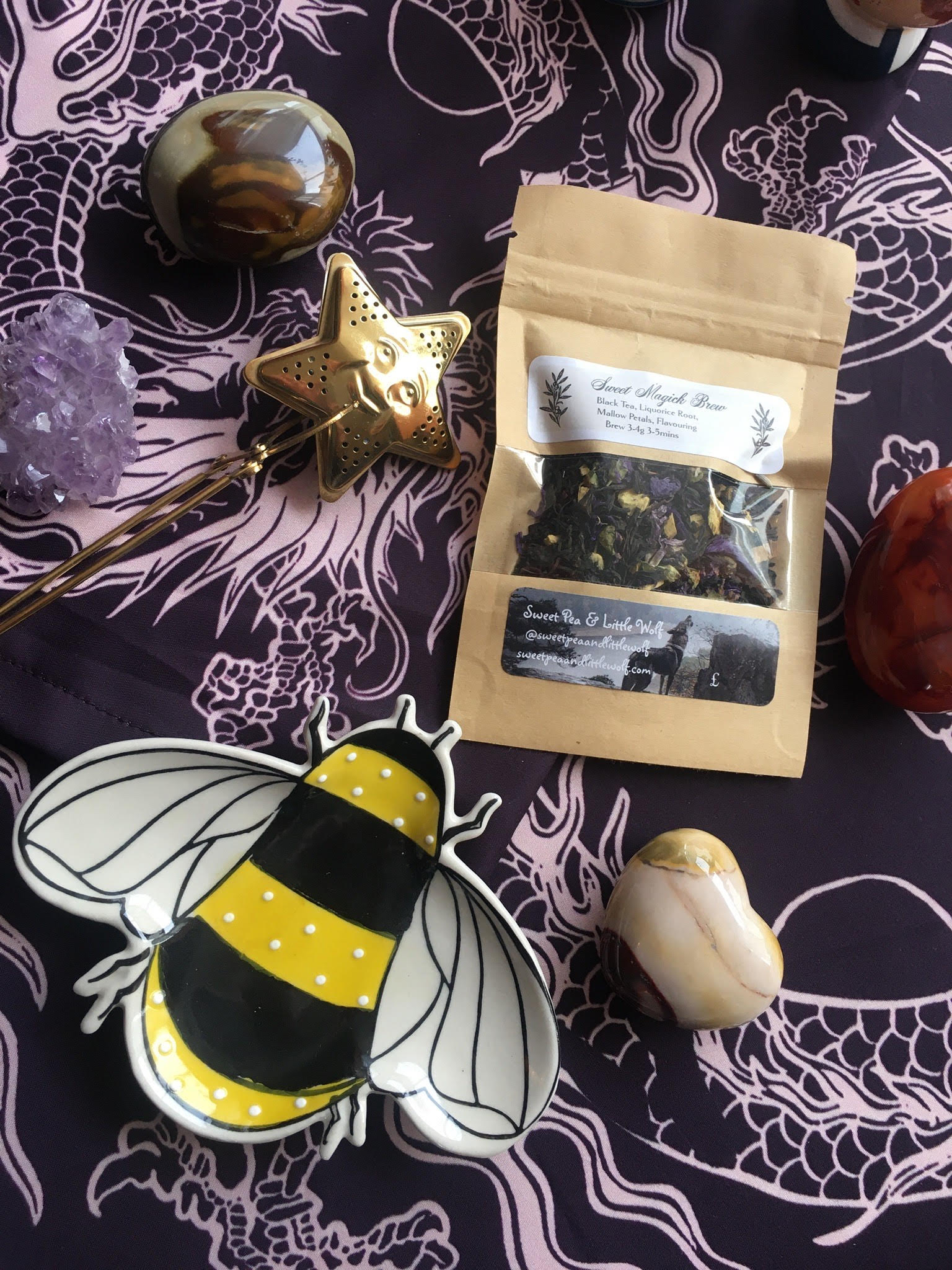 Busy Bee Tea Set