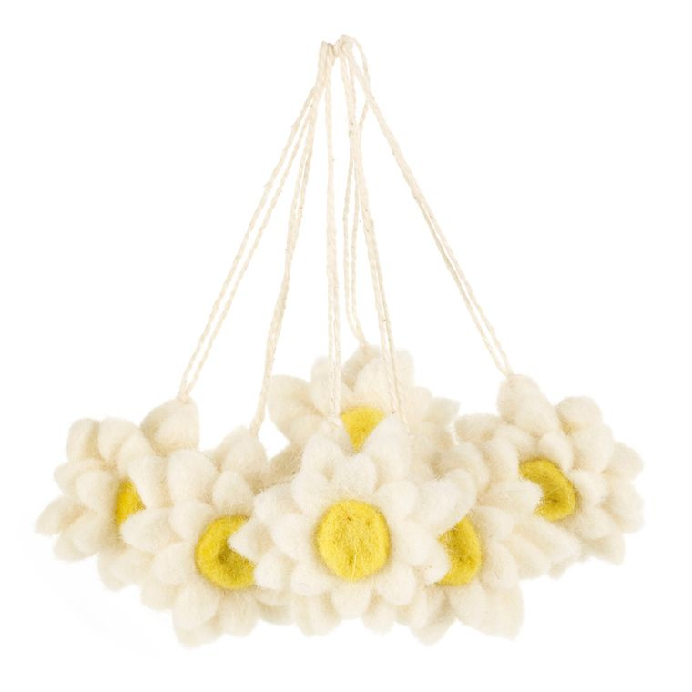 Handmade Hanging Daisies (Bag Of 6) Felt Easter Decorations